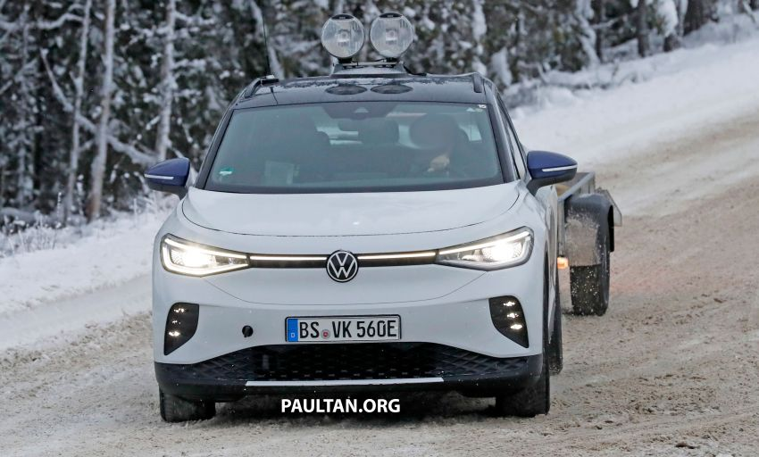 SPIED: Volkswagen ID.4 GTX runs cold-weather tests Image #1231836