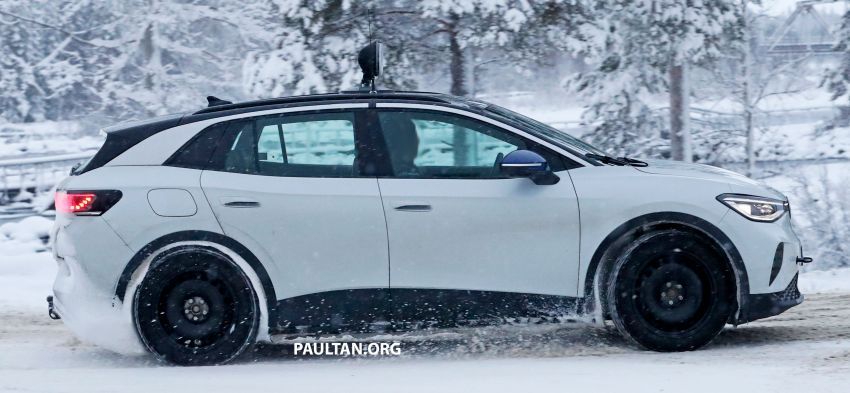 SPIED: Volkswagen ID.4 GTX runs cold-weather tests Image #1231848