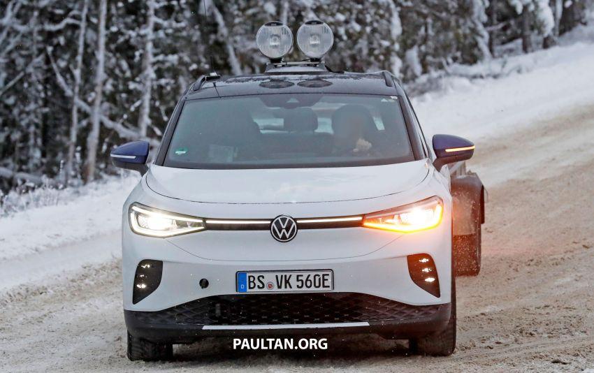 SPIED: Volkswagen ID.4 GTX runs cold-weather tests Image #1231837