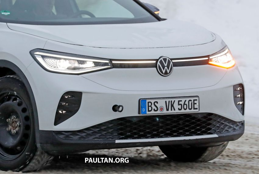 SPIED: Volkswagen ID.4 GTX runs cold-weather tests Image #1231839