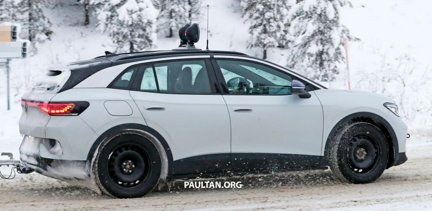 SPIED: Volkswagen ID.4 GTX runs cold-weather tests Image #1231841