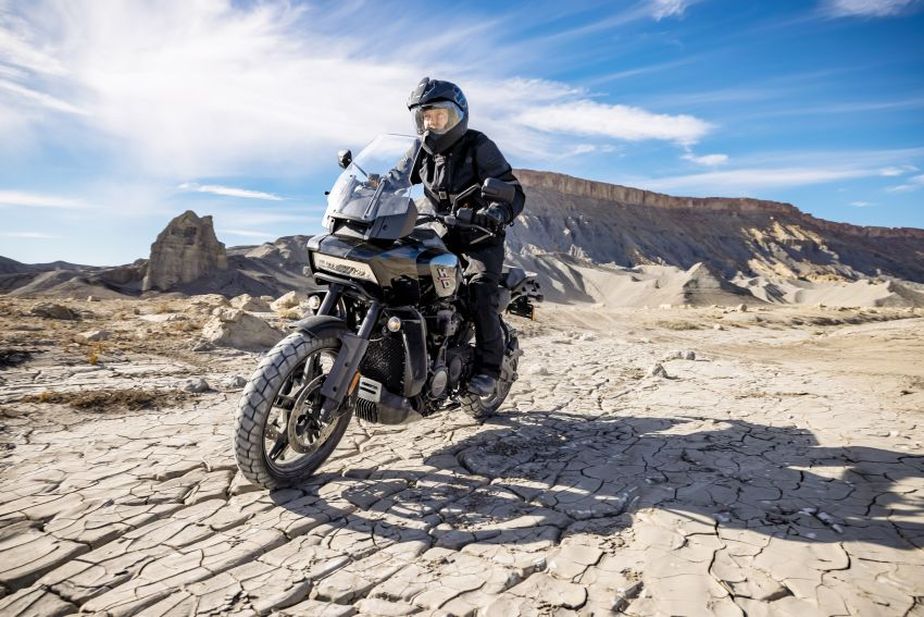 2021 Harley-Davidson Pan America 1250 adventure-tourer – will the road less traveled be enough? Image #1252157