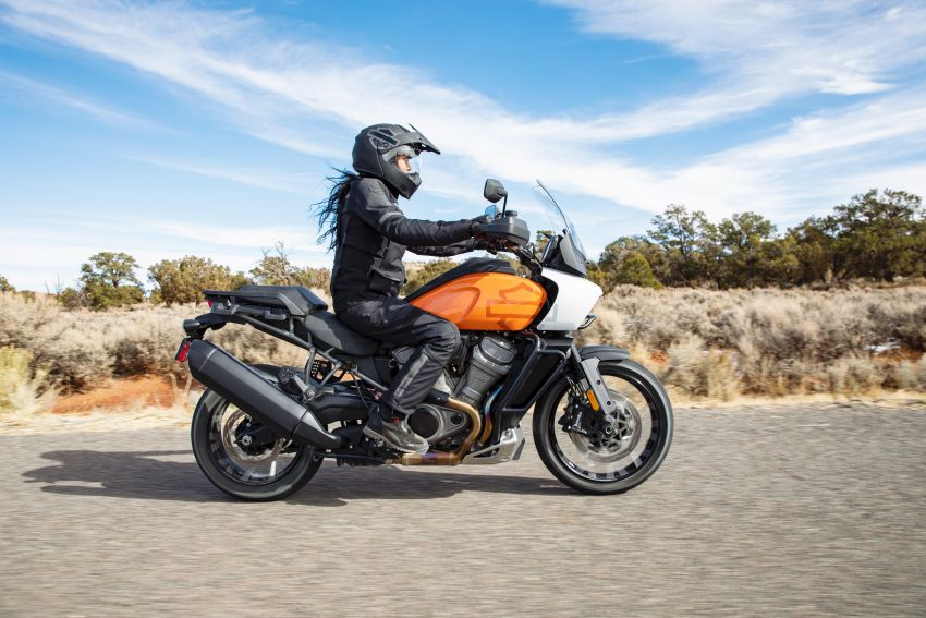 2021 Harley-Davidson Pan America 1250 adventure-tourer – will the road less traveled be enough? Image #1252155