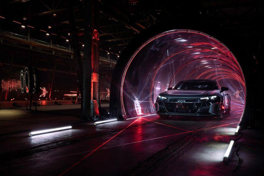 2021 Audi e-tron GT quattro, RS e-tron GT debut – two motors, up to 646 PS, 0-100 in 3.3 secs; 487 km range Image #1246479