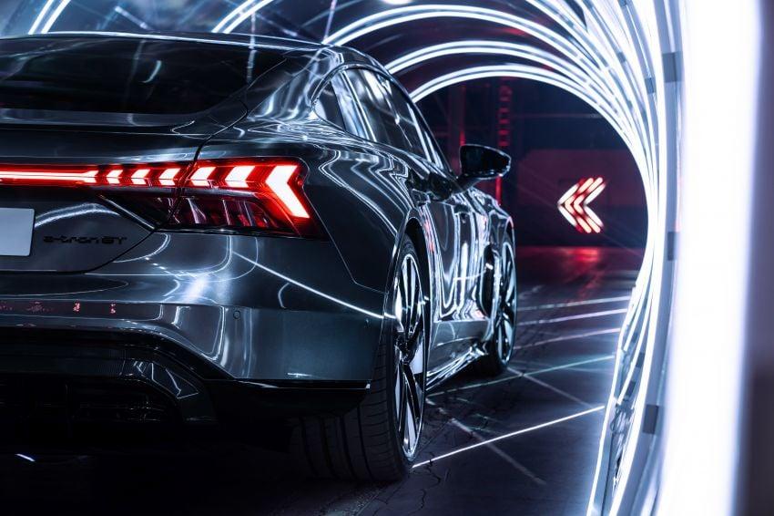 2021 Audi e-tron GT quattro, RS e-tron GT debut – two motors, up to 646 PS, 0-100 in 3.3 secs; 487 km range Image #1246486