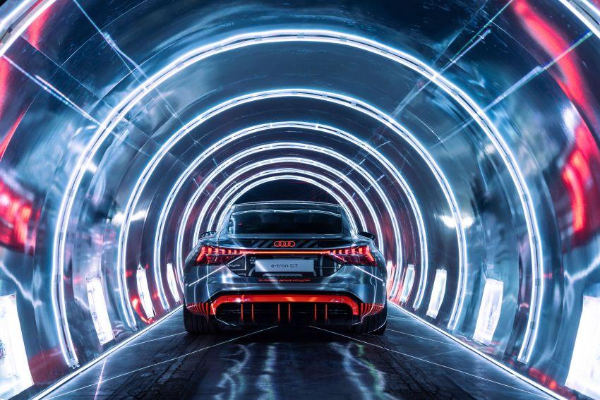 2021 Audi e-tron GT quattro, RS e-tron GT debut – two motors, up to 646 PS, 0-100 in 3.3 secs; 487 km range Image #1246489