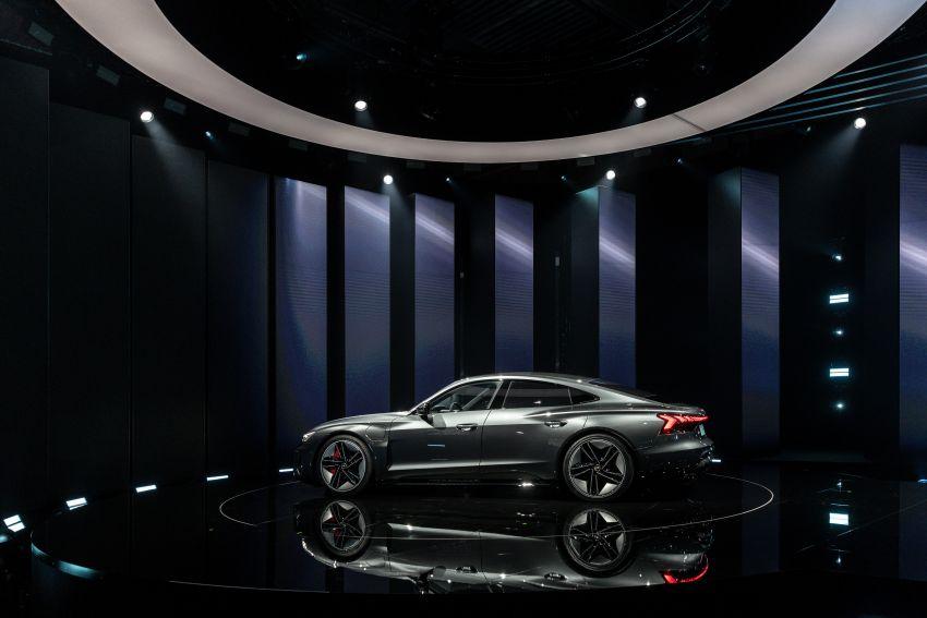 2021 Audi e-tron GT quattro, RS e-tron GT debut – two motors, up to 646 PS, 0-100 in 3.3 secs; 487 km range Image #1246493