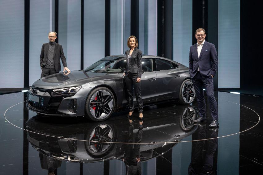 2021 Audi e-tron GT quattro, RS e-tron GT debut – two motors, up to 646 PS, 0-100 in 3.3 secs; 487 km range Image #1246449