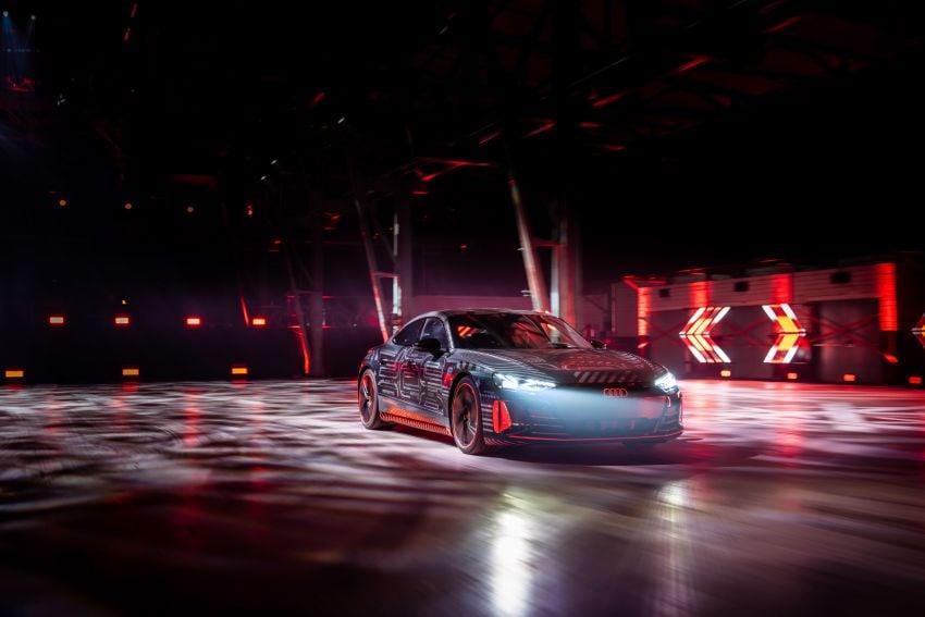 2021 Audi e-tron GT quattro, RS e-tron GT debut – two motors, up to 646 PS, 0-100 in 3.3 secs; 487 km range Image #1246461