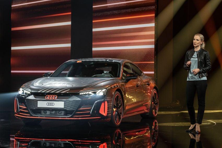 2021 Audi e-tron GT quattro, RS e-tron GT debut – two motors, up to 646 PS, 0-100 in 3.3 secs; 487 km range Image #1246452