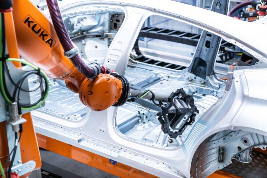 2021 Audi e-tron GT quattro, RS e-tron GT debut – two motors, up to 646 PS, 0-100 in 3.3 secs; 487 km range Image #1246701