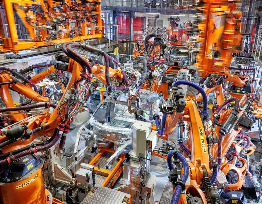 2021 Audi e-tron GT quattro, RS e-tron GT debut – two motors, up to 646 PS, 0-100 in 3.3 secs; 487 km range Image #1246710