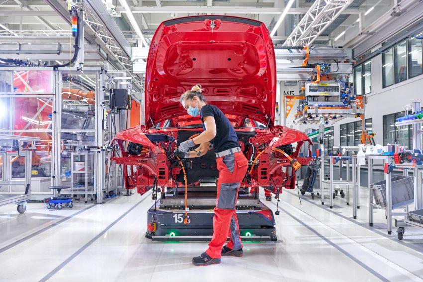2021 Audi e-tron GT quattro, RS e-tron GT debut – two motors, up to 646 PS, 0-100 in 3.3 secs; 487 km range Image #1246715