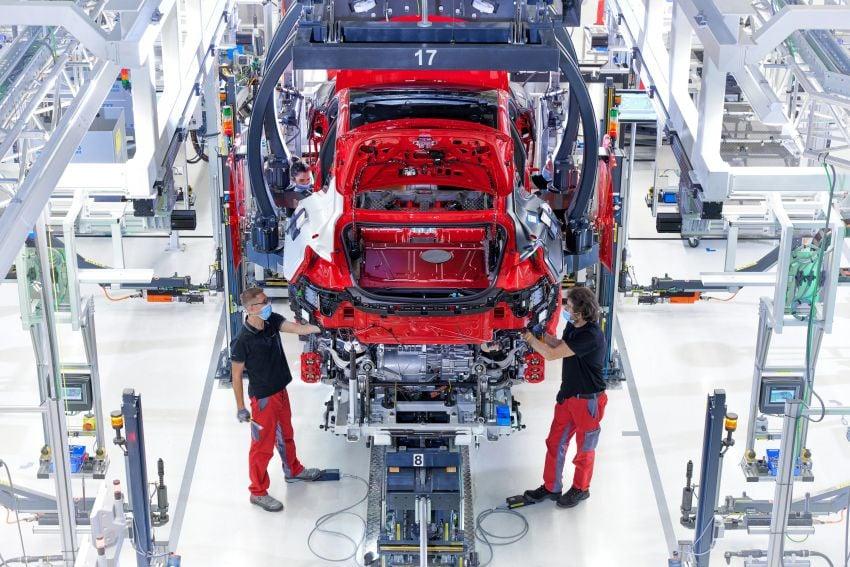 2021 Audi e-tron GT quattro, RS e-tron GT debut – two motors, up to 646 PS, 0-100 in 3.3 secs; 487 km range Image #1246725