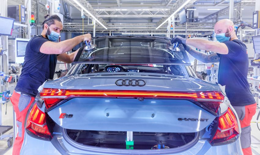 2021 Audi e-tron GT quattro, RS e-tron GT debut – two motors, up to 646 PS, 0-100 in 3.3 secs; 487 km range Image #1246726