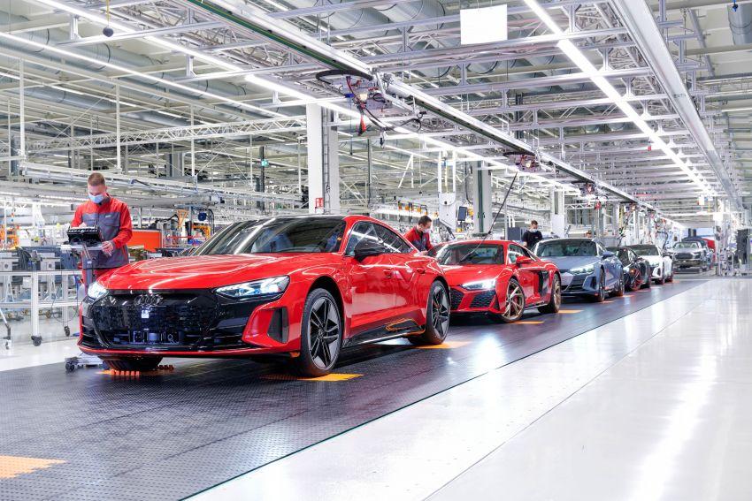 2021 Audi e-tron GT quattro, RS e-tron GT debut – two motors, up to 646 PS, 0-100 in 3.3 secs; 487 km range Image #1246728