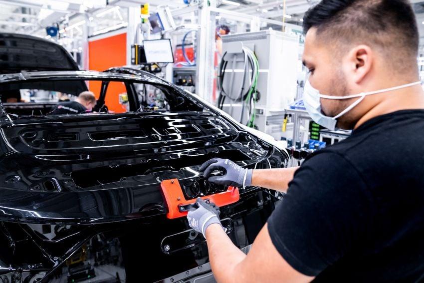 2021 Audi e-tron GT quattro, RS e-tron GT debut – two motors, up to 646 PS, 0-100 in 3.3 secs; 487 km range Image #1246679