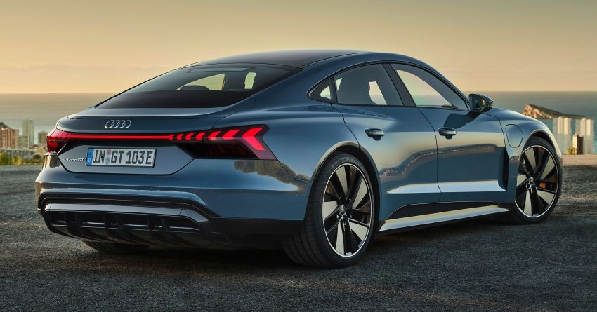 2021 Audi e-tron GT quattro, RS e-tron GT debut – two motors, up to 646 PS, 0-100 in 3.3 secs; 487 km range Image #1246403