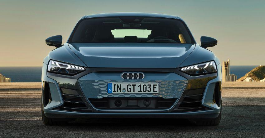 2021 Audi e-tron GT quattro, RS e-tron GT debut – two motors, up to 646 PS, 0-100 in 3.3 secs; 487 km range Image #1246406