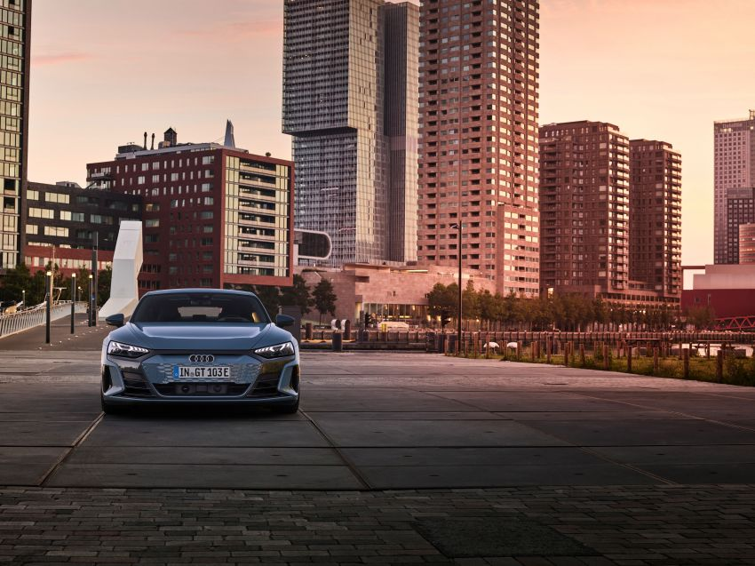 2021 Audi e-tron GT quattro, RS e-tron GT debut – two motors, up to 646 PS, 0-100 in 3.3 secs; 487 km range Image #1246407