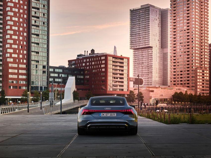 2021 Audi e-tron GT quattro, RS e-tron GT debut – two motors, up to 646 PS, 0-100 in 3.3 secs; 487 km range Image #1246408