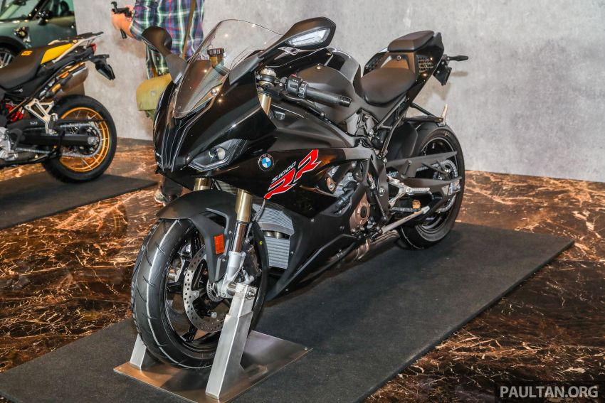 2021 BMW Motorrad S1000RR now in Malaysia – standard at RM121,500, M Package at RM138,500 Image #1255379