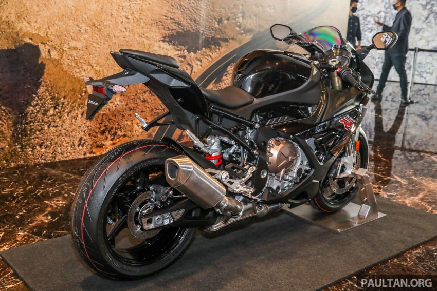 2021 BMW Motorrad S1000RR now in Malaysia – standard at RM121,500, M Package at RM138,500 Image #1255380