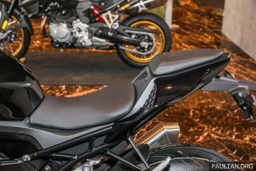2021 BMW Motorrad S1000RR now in Malaysia – standard at RM121,500, M Package at RM138,500 Image #1255434