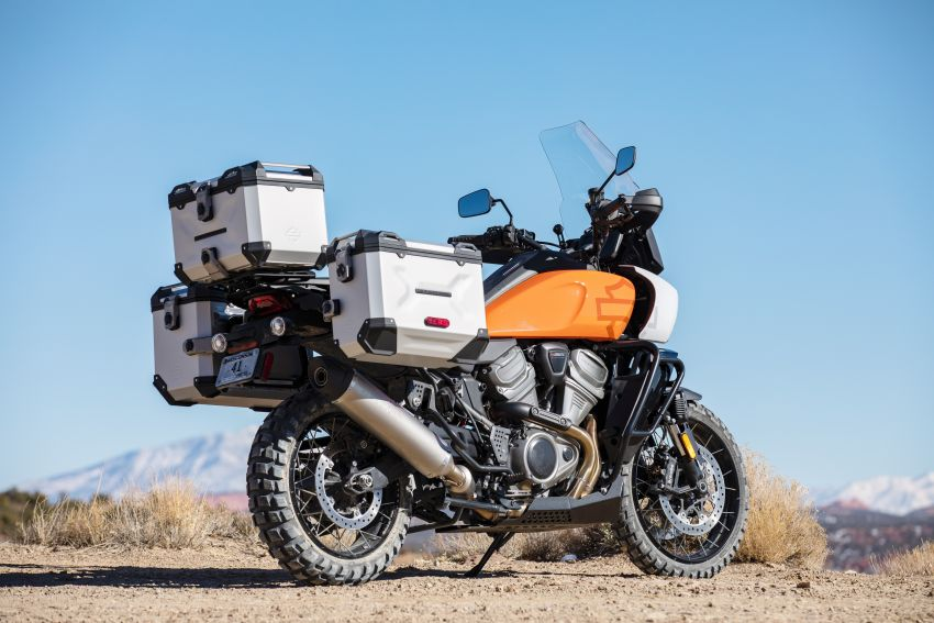 2021 Harley-Davidson Pan America 1250 adventure-tourer – will the road less traveled be enough? Image #1252129