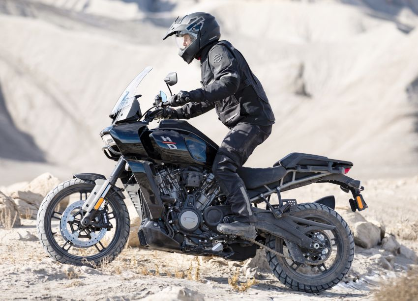 2021 Harley-Davidson Pan America 1250 adventure-tourer – will the road less traveled be enough? Image #1252096