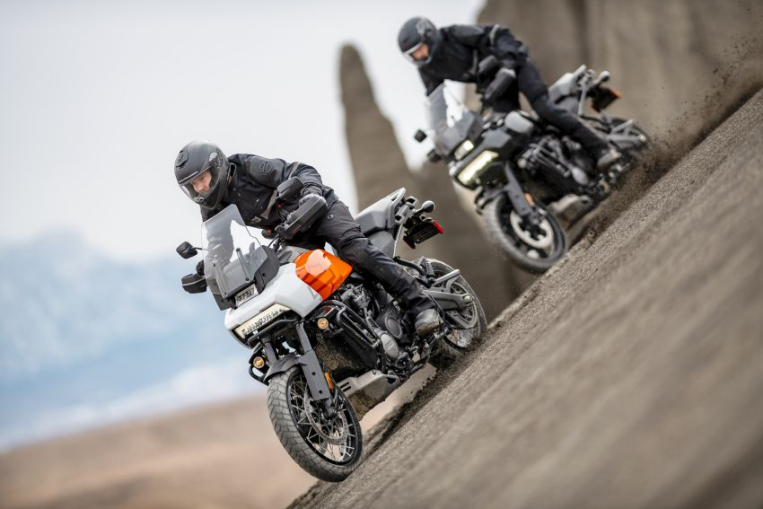 2021 Harley-Davidson Pan America 1250 adventure-tourer – will the road less traveled be enough? Image #1252104