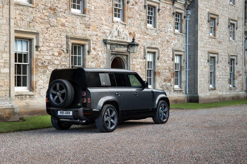 2022 Land Rover Defender V8 – 525 PS, 625 Nm; model range gets optional 11.4-inch touchscreen upgrade Image #1253686