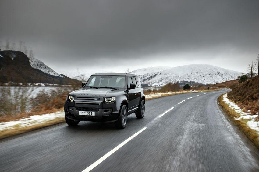 2022 Land Rover Defender V8 – 525 PS, 625 Nm; model range gets optional 11.4-inch touchscreen upgrade Image #1253680