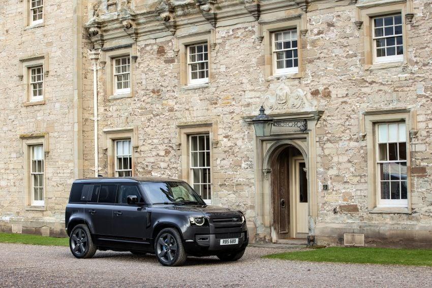2022 Land Rover Defender V8 – 525 PS, 625 Nm; model range gets optional 11.4-inch touchscreen upgrade Image #1253673