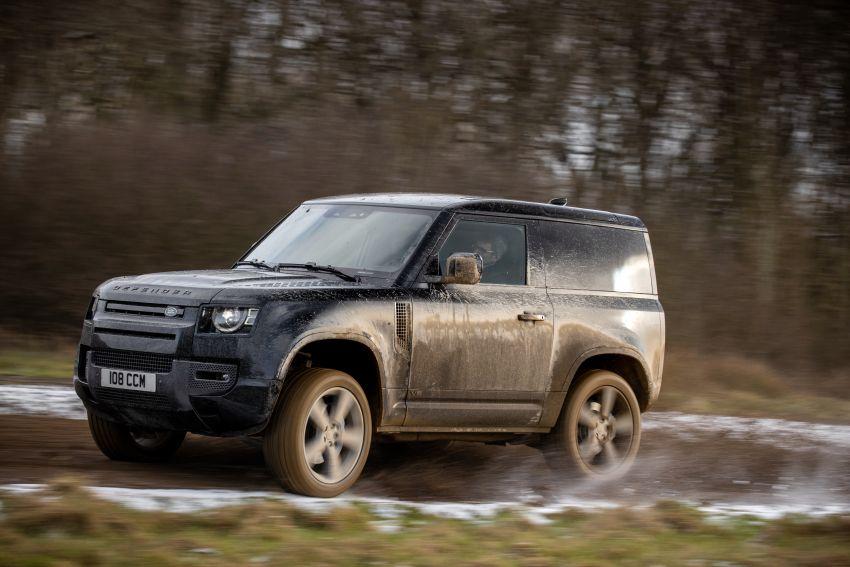 2022 Land Rover Defender V8 – 525 PS, 625 Nm; model range gets optional 11.4-inch touchscreen upgrade Image #1253699