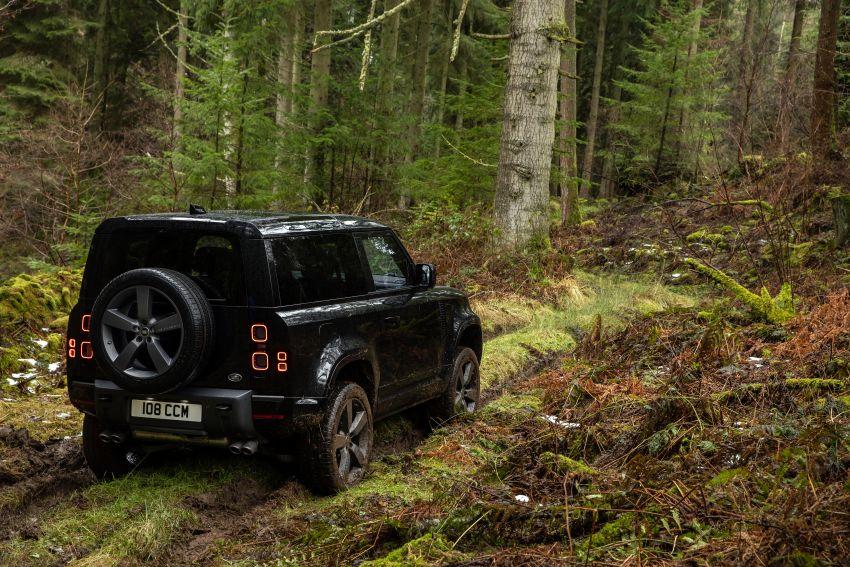 2022 Land Rover Defender V8 – 525 PS, 625 Nm; model range gets optional 11.4-inch touchscreen upgrade Image #1253705
