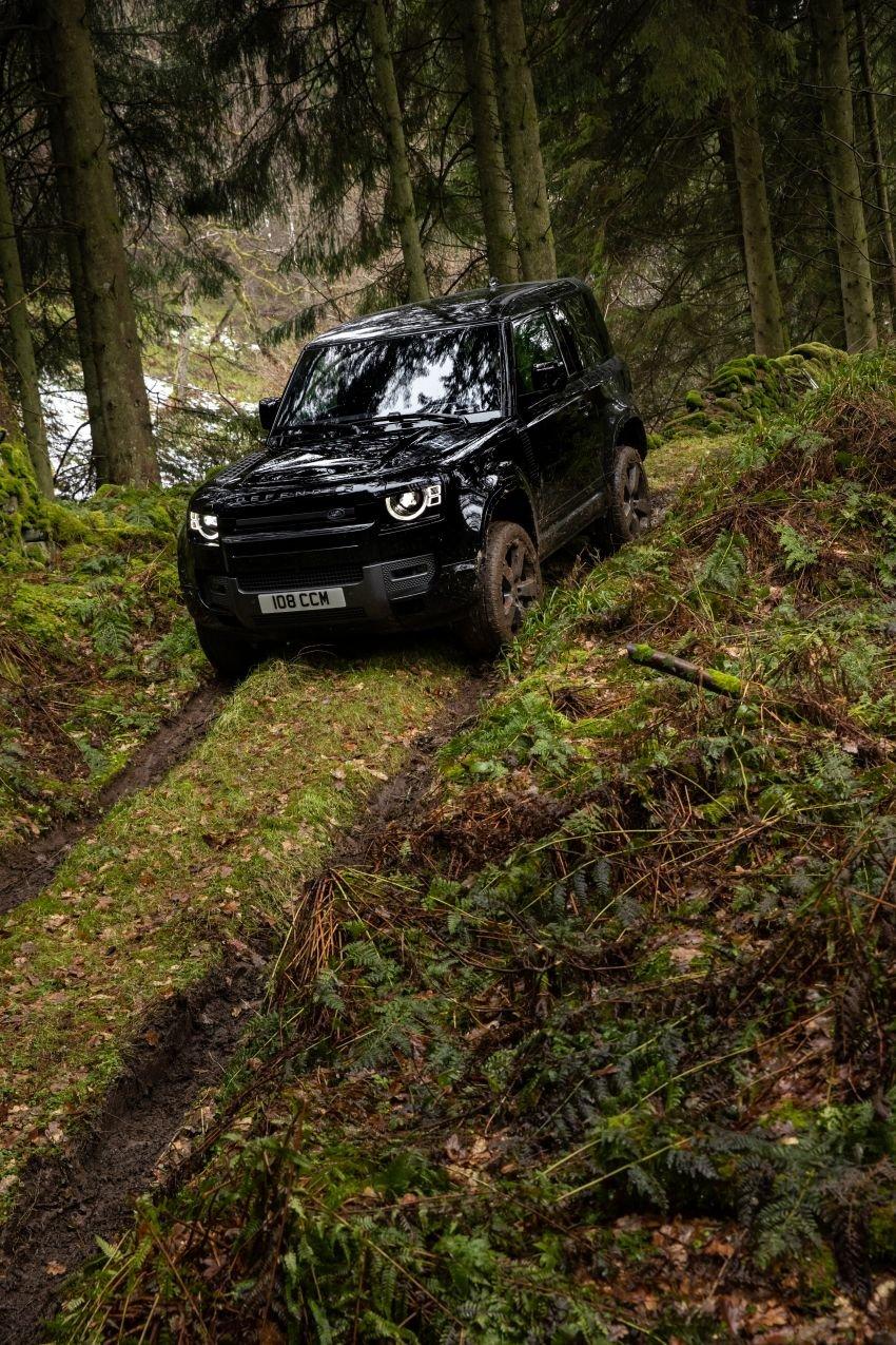 2022 Land Rover Defender V8 – 525 PS, 625 Nm; model range gets optional 11.4-inch touchscreen upgrade Image #1253706