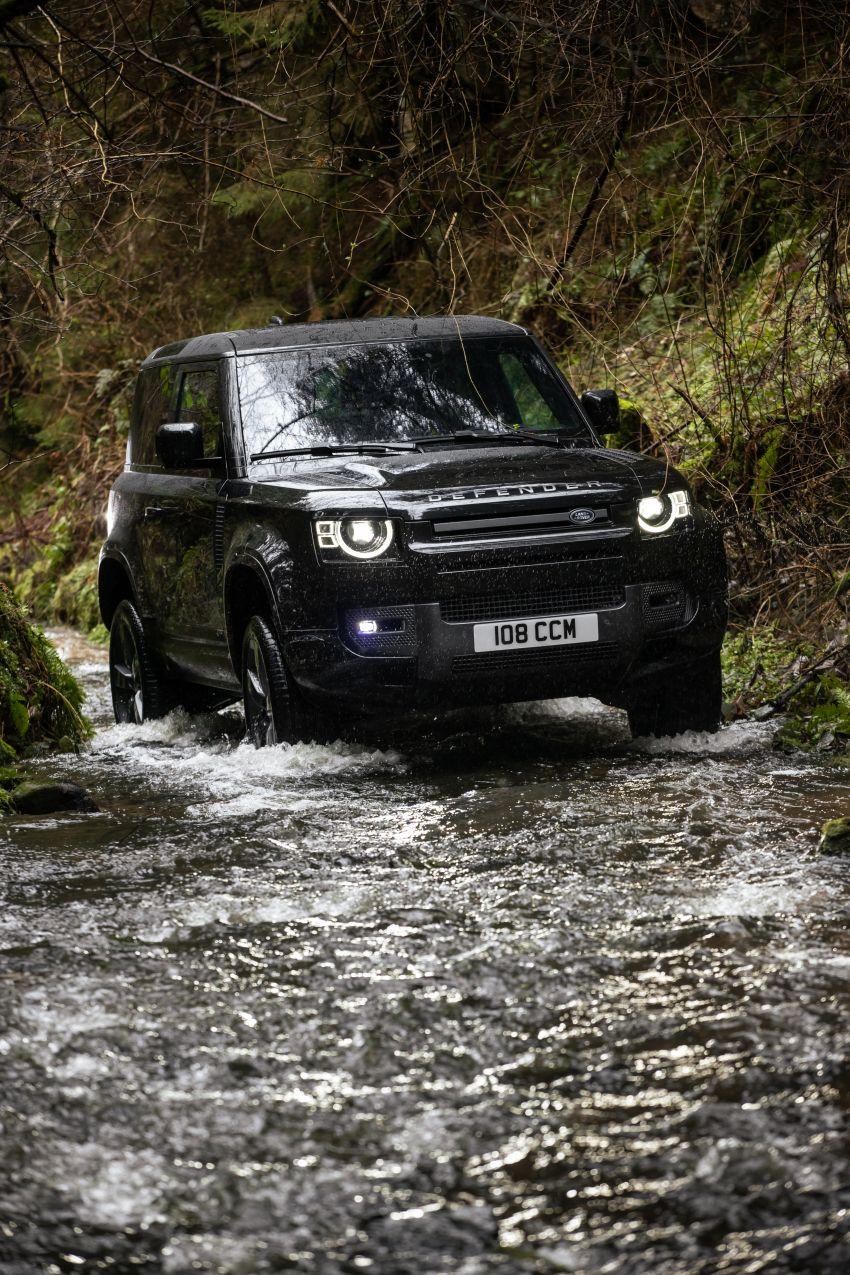 2022 Land Rover Defender V8 – 525 PS, 625 Nm; model range gets optional 11.4-inch touchscreen upgrade Image #1253709