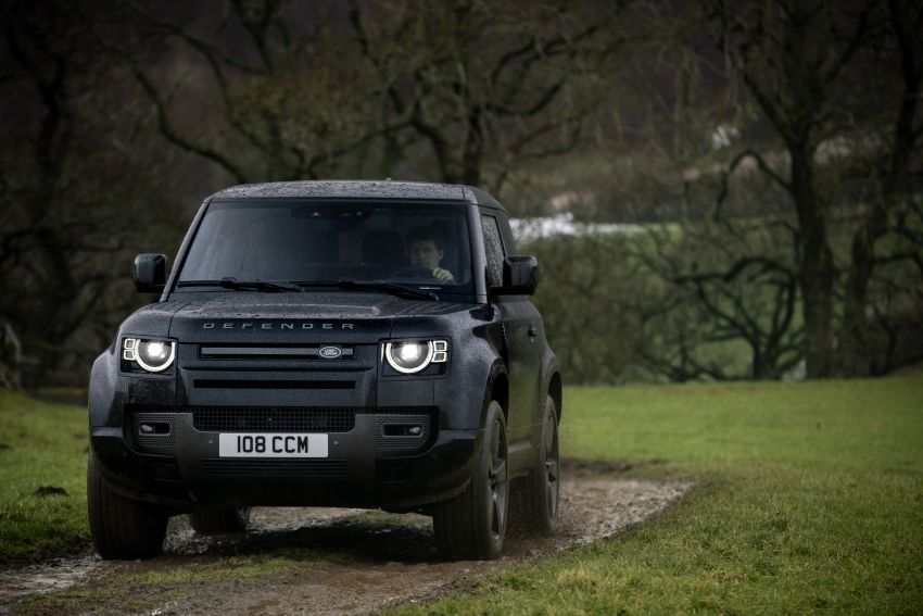 2022 Land Rover Defender V8 – 525 PS, 625 Nm; model range gets optional 11.4-inch touchscreen upgrade Image #1253710