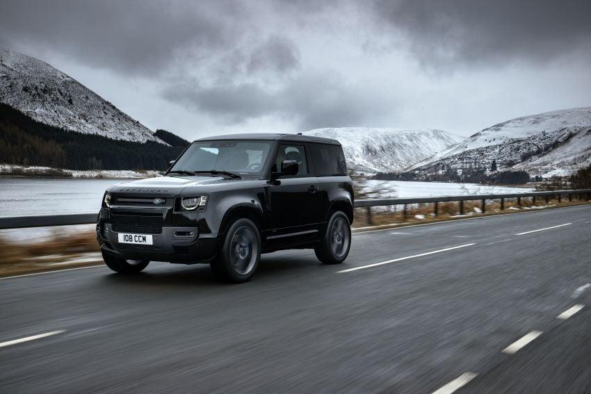 2022 Land Rover Defender V8 – 525 PS, 625 Nm; model range gets optional 11.4-inch touchscreen upgrade Image #1253713