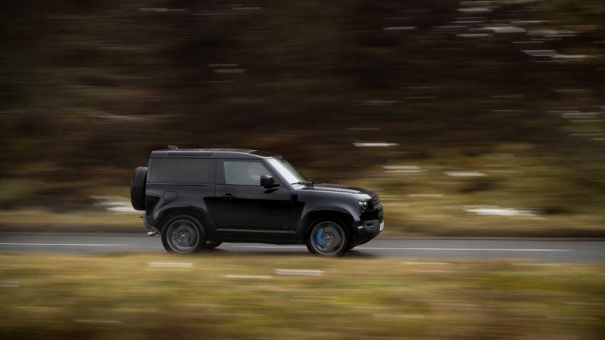 2022 Land Rover Defender V8 – 525 PS, 625 Nm; model range gets optional 11.4-inch touchscreen upgrade Image #1253724