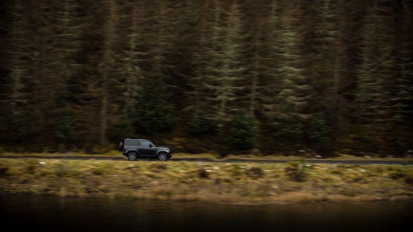 2022 Land Rover Defender V8 – 525 PS, 625 Nm; model range gets optional 11.4-inch touchscreen upgrade Image #1253725
