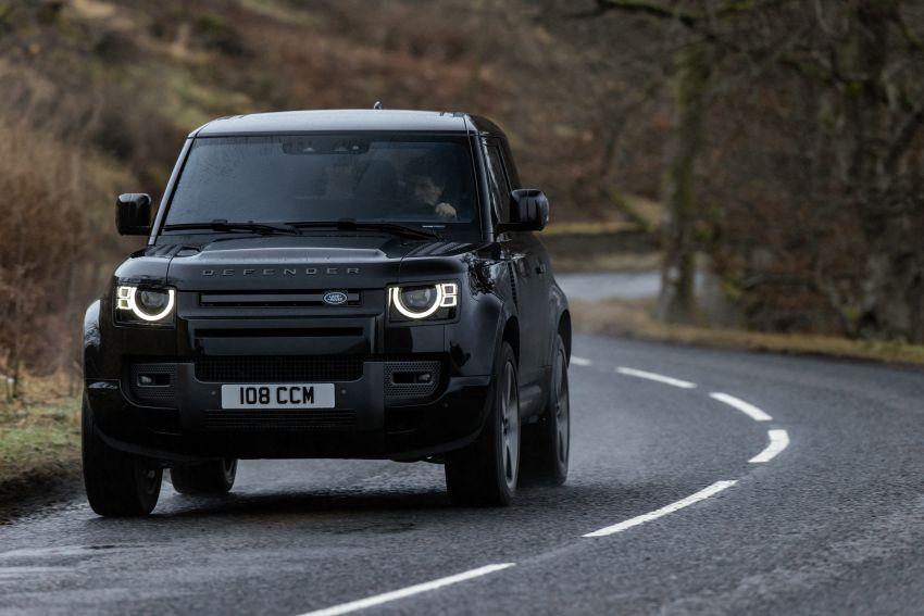 2022 Land Rover Defender V8 – 525 PS, 625 Nm; model range gets optional 11.4-inch touchscreen upgrade Image #1253727