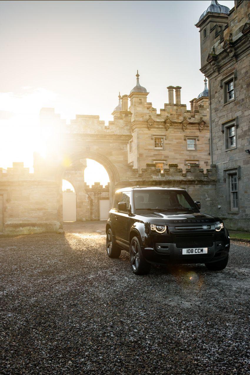 2022 Land Rover Defender V8 – 525 PS, 625 Nm; model range gets optional 11.4-inch touchscreen upgrade Image #1253729