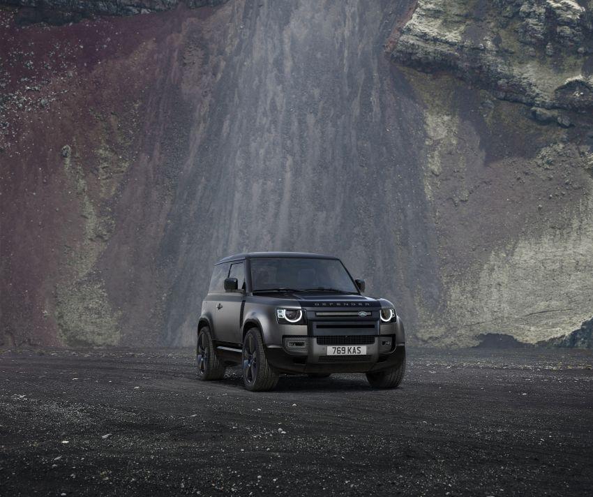 2022 Land Rover Defender V8 – 525 PS, 625 Nm; model range gets optional 11.4-inch touchscreen upgrade Image #1253859