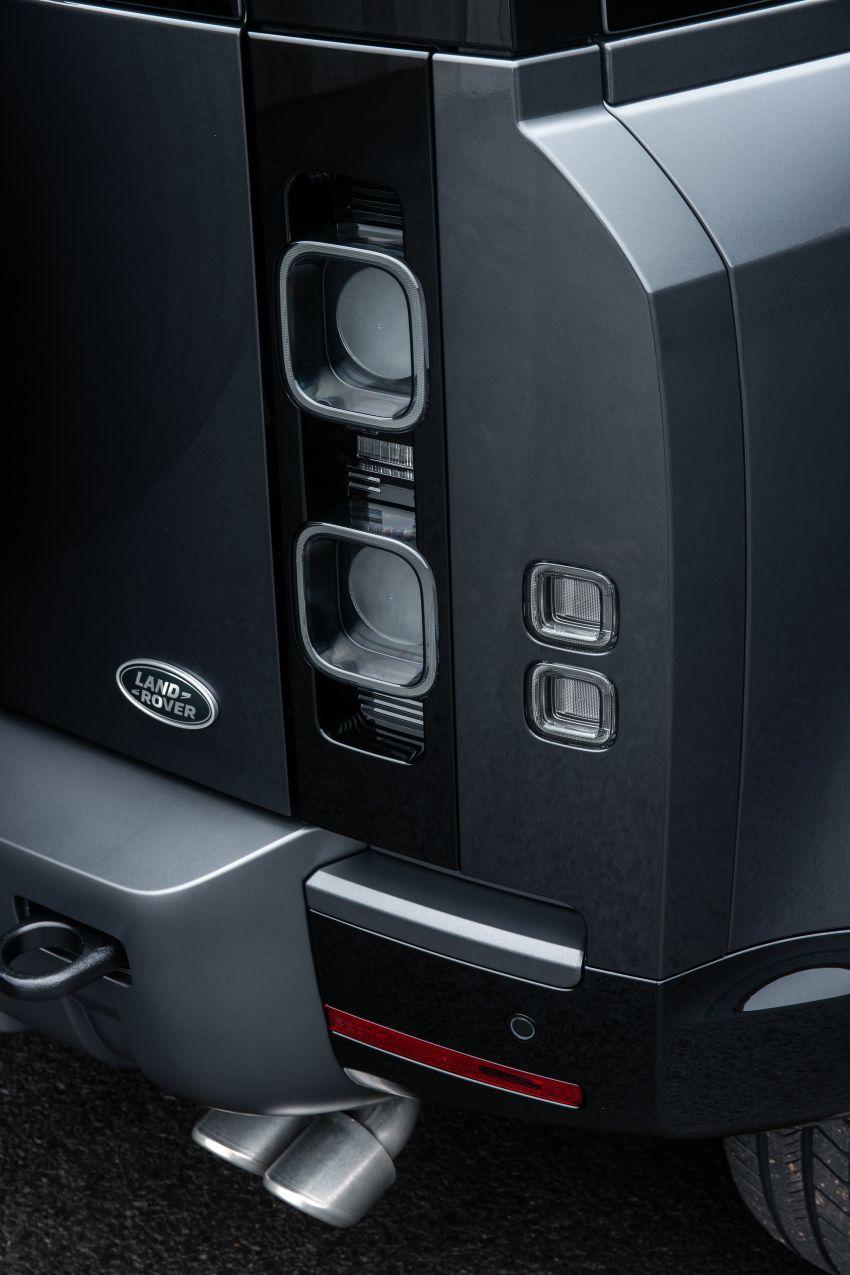 2022 Land Rover Defender V8 – 525 PS, 625 Nm; model range gets optional 11.4-inch touchscreen upgrade Image #1253808