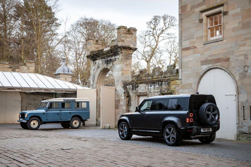 2022 Land Rover Defender V8 – 525 PS, 625 Nm; model range gets optional 11.4-inch touchscreen upgrade Image #1253738