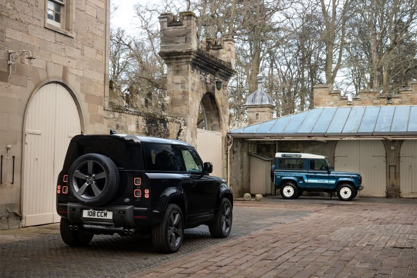 2022 Land Rover Defender V8 – 525 PS, 625 Nm; model range gets optional 11.4-inch touchscreen upgrade Image #1253737