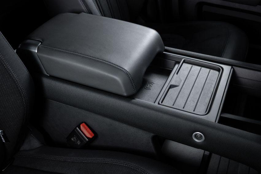 2022 Land Rover Defender V8 – 525 PS, 625 Nm; model range gets optional 11.4-inch touchscreen upgrade Image #1253791