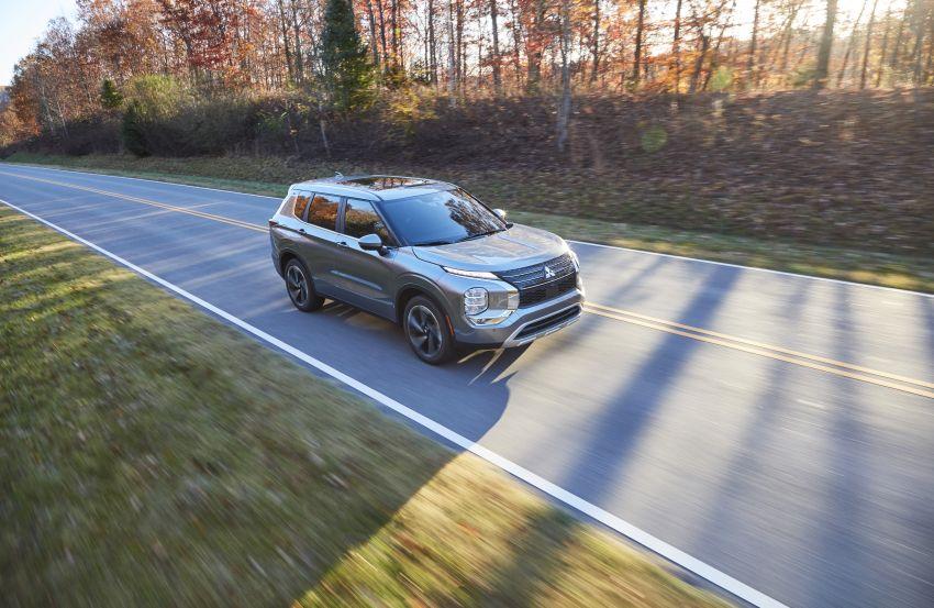 2022 Mitsubishi Outlander unveiled – Engelberg Tourer looks, based on Nissan X-Trail, larger 2.5 litre engine Image #1249026